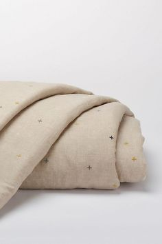 Shop Anthropologie's duvet covers in full, queen & king sizes. Boho styles & the latest trends in bold prints, linen fabrics, embroidered textures & more. Linen Duvet, Linen Fabric, Organic Duvet Covers, Bohemian Bedding, Bed Linen Design, Textiles, Luxury Bedding Sets, Unique Bedding, Natural Linen