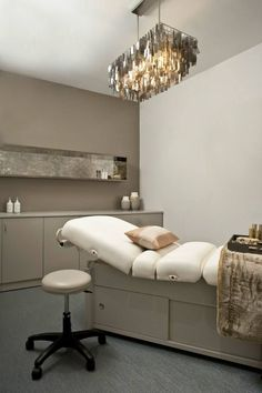 Truth+Beauty spa in roslyn heights, ny day spa massage therapy room estheti Rooms Decoration, Spa Room Decor, Day Spa Decor, Home Spa Room, Spa Design, Spa Bedroom, Bedroom Ideas, Bedroom Decor, Massage Therapy Rooms