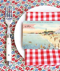 How to make a pretty postcard place setting - Chatelaine