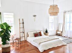 Rattan pendant light bright airy home bedroom Minimalist Bedroom, Minimalist Home, Home Bedroom, Bedroom Decor, Bedrooms, My New Room, Cozy House, Room Inspiration, Interior Design