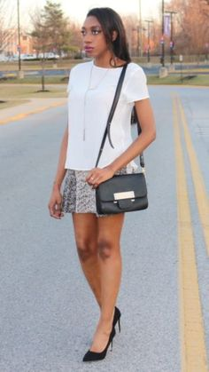 Effortless Friday. White blouse, skirt and heels. Classy and comfortable black and white outfit on Style By Nia V - www.byniav.com