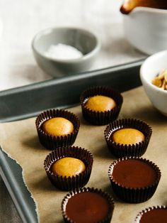 Crunchy dark chocola