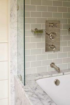 Ein Haus am Meer in Maine Steam Showers Bathroom, Small Bathroom, Master Bathroom, Bathroom Ideas, Bath Ideas, Bathroom Designs, Condo Bathroom, Diy Ideas, Bathroom Cabinets