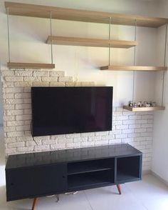 ✨ Essa parede já estava nos nossos planos há muito tempo. Home Room Design, Living Room Designs, Living Room Decor, House Design, Modern Apartment Decor, House Rooms, Home And Living, New Homes, Interior Design