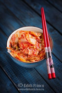 Move over, sauerkraut! Kimchi is being hailed as a versatile superfood that packs a delicious - and tasty - punch. Edith's Kitchen, Fermented Cabbage, National Dish, Sauerkraut, Kimchi, Superfoods, Side Dishes, Spices, Veggies