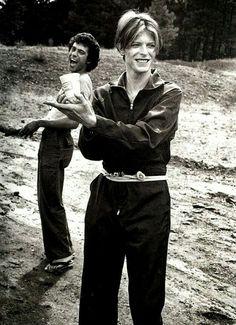 David Bowie worshipping his milk.