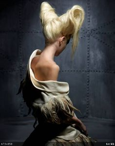 Quote of the Day: Ernest Hemingway Clive Arrowsmith Creative Hairstyles, Up Hairstyles, Straight Hairstyles, Wig Styling, High Fashion Hair, Dark Fashion, Lange Blonde, Avant Garde Hair, Runway Hair