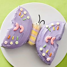 """Kid's"" Birthday cakes... some really cute and a few look uber easy too. Gotta love the butterfly! :-)"