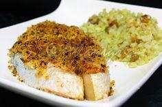 Ingredientes (2 doses)   2 postas de salmão   2 fatias pequenas de broa de milho   1 linguiça   Sal qb   Pimenta preta qb   Alho em pó q...