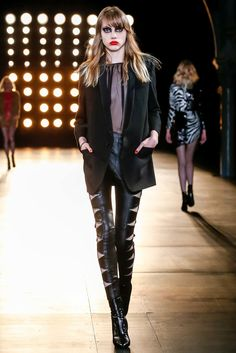 Saint Laurent Fall 2015 Ready-to-Wear Fashion Show