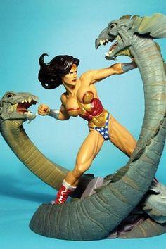 DC DIRECT★WONDER WOMAN MINI STATUE VS SERPENT New! ADAM HUGHES★Maquette Figurine
