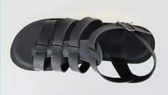 Handmade leather sandal HERMES ..... black .... the sum of all colors ....