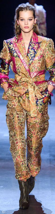 Prabal Gurung Fall 2019 Ready-to-Wear Fashion Show Floral Fashion, Fashion Fabric, Fashion Prints, Couture Fashion, Fashion Show, Fashion Outfits, Fashion Design, Ny Fashion, Color Fashion