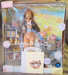 A trip to the grocery store. Midge, Nikki and new baby boy? Barbie Playsets, Barbie Toys, Barbie Stuff, Bedroom For Girls Kids, Toys For Girls, Barbie Happy Family, Barbie Kitchen, Barbie Birthday, New Baby Boys