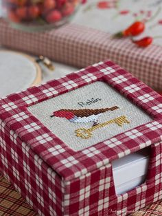 robin cross stitch Photo only for (p)inspiration