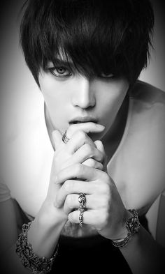 A touch of the otherworldly - Jaejoong