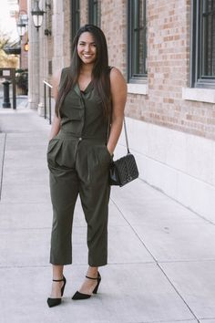 My favorite places to shop vintage online - The Wandering Brunette