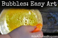 Colored bubbles and paper can make an easy art project that is fun to make and beautiful too. To make easy art with bubbles, you will need: Large sheet(s) Easy Art For Kids, Diy Gifts For Kids, Crafts For Kids, Art Kids, Art Crafts, Kids Fun, Easy Art Projects, Projects For Kids, Colored Bubbles