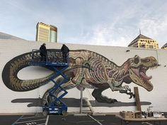 Day two in Oakland @flaxart .  fexin the Rex with the help of the awesome padawan @lolo.ys !! Thx also to @montanacans_usa  #oakland #nychos #california #lordnychos #lordscrew #rabbiteyemovement #montanacans #bayarea #tyrannosaurusrex #anatomy #translucent