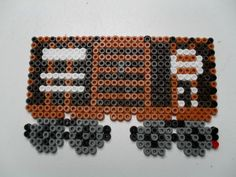 Train wagon 2 Pony Bead Patterns, Perler Patterns, Beading Patterns, Bead Crafts, Arts And Crafts, Hama Beads Design, Peler Beads, Iron Beads, Projects To Try