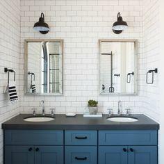 Classic white modern farmhouse interior design by Jaimee Rose Interiors.