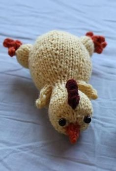 Rubber Chickens - Free Knitting Patterns PDF Download http://www.ravelry.com/patterns/library/rubber-chickens