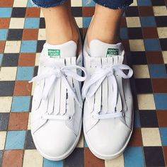 Adidas stan smith DIY fringes tassels | jodielot-Create save and share your outfits with our fashion app Clothe to Me https://itunes.apple.com/fr/app/clothe-to-me/id916528299?mt=8