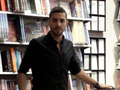 Jakob Sheikh foredrag i William Dams Boghandel - YouTube