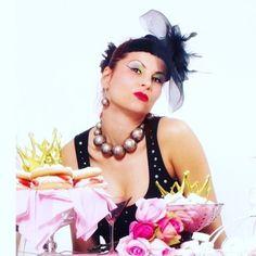 Van hogy egy kis bizsu is fel tudja dobni a napod!   . . . . Repost innen :  @juliacarinadesign Julia Carina  #dragako #ekszer #meglepetes #nekemiskell #meglepi #parfüm #arcápolás #natúrkozmetikum #natúrkozmetika #instahun #mik #instahungary Pink, Instagram, Hot Pink, Pink Hair, Rose
