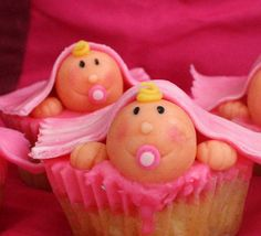 Cute cupcakes for a baby shower Baby Shower Cupcakes, Cute Cupcakes, Shower Cakes, Amazing Cupcakes, Girl Cupcakes, Awesome Cakes, Shower Bebe, Baby Shower Fall, Baby Boy Shower