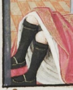 #Medieval Stockings late 15th century. Lost seeing #closeup pictures the #detail is amazing! #reenactment #fashion #clothes #paintings