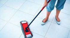 Un bon nettoyant pour carrelage, c'est cher.Et, souvent, ça laisse un film gras sur le sol... pas très joli.Faire votre nettoyant spécial carrelage vous-même, vous y avez pe