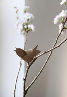 Vogel falten aus Papierstreifen Osterdeko