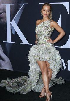 Rita Ora in Giambattista Valli attends the NYC premiere of 'Fifty Shades Darker'. #bestdressed