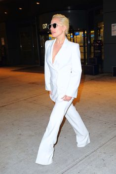 http://fashionsizzle.com/wp-content/uploads/2015/12/10-lady-gaga-120915.nocrop.w840.h1330.2x.jpg