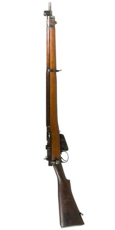 Lot 442: British Enfield No4, Mark 1, .303 Cal. Rifle (Serial #401306); c.1942; mismatched bolt number