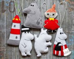Come in, dear, the door's always open! Felt Crafts, Diy And Crafts, Crafts For Kids, Arts And Crafts, Moomin, Tove Jansson, Christmas Crafts, Christmas Ornaments, Christmas Tree