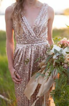 loving this sparkly gold gown - get $40 off when you spend $100 or more at Rent the Runway with code: GIVING2014 http://rstyle.me/n/udrpapdpe