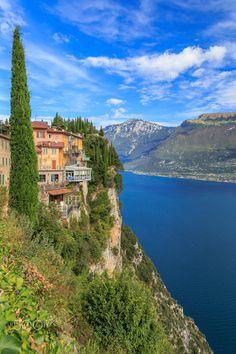 Tremosine over Lago di Garda - Small town of Tremosine over the Lago di Garda…