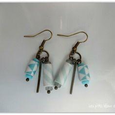 Boucles d'oreilles en papier motifs géométriques et perles de verre