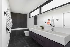 The Gallery House bathroom by Sisalla Interior Design