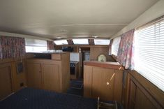 Yacht For Sale, Boats For Sale, Bottom Paint, Detroit Diesel, Chris Craft, Motor Yacht, Engine Types, Crafts, Home