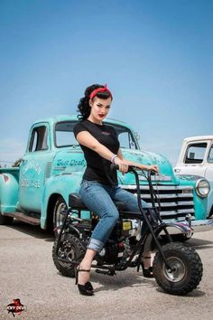 Triumph Speedmaster, Motorcycle Hairstyles, Pin Up Car, Manipulation Photography, Photo Manipulation, Rockabilly Fashion, Rockabilly Style, Rockabilly Girls, Pin Up Photography