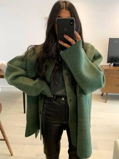 Mark My Words: This Colour Will Be the Surprise Hit of 2020 Chic Outfits Colour Hit Mark surprise words Style Outfits, Winter Outfits, Fashion Outfits, Womens Fashion, Fashion Trends, Fashion Ideas, Travel Outfits, Fashion Tips, Fashion 2020