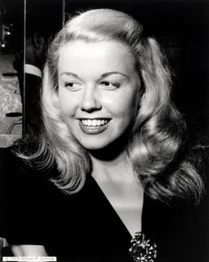 A Salute To Doris Days Cheerfully Feminine Style On Her Birthday (PHOTOS)