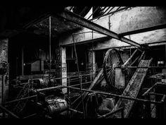 Fotógrafo capta ruínas decadentes da Europa em fotos assombrosas 19