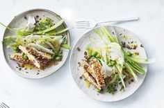 Balance is Donna Hay's secret ingredient for feeling happy and energised and this fresh chicken, fennel and edamame salad is the perfect dish for a healthy and delicious start to the new year. Chicken Fennel, Fresh Chicken, Chicken Salad, Salads To Go, Easy Salads, Summer Salads, Edamame Salad, Fennel Salad, Donna Hay Recipes