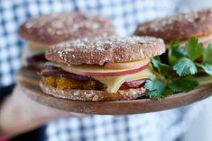 mein Mitbringsel aus Südtirol – ein Alpiner Speck Apfel Burger | tastesheriff