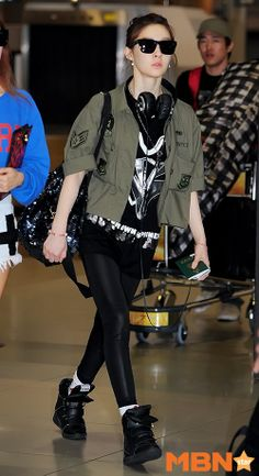 Check out Eunjung, Hyomin and Areum's photos their arrival back in South Korea ~ T-ara World ~ 티아라