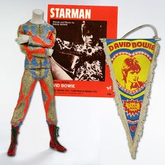 Bowie song of the day.  http://newmusicunited.com/2013/04/29/david-bowie-starman-1972/  #davidbowie